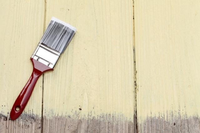 無垢材を使うなら知っておくべき塗料の話