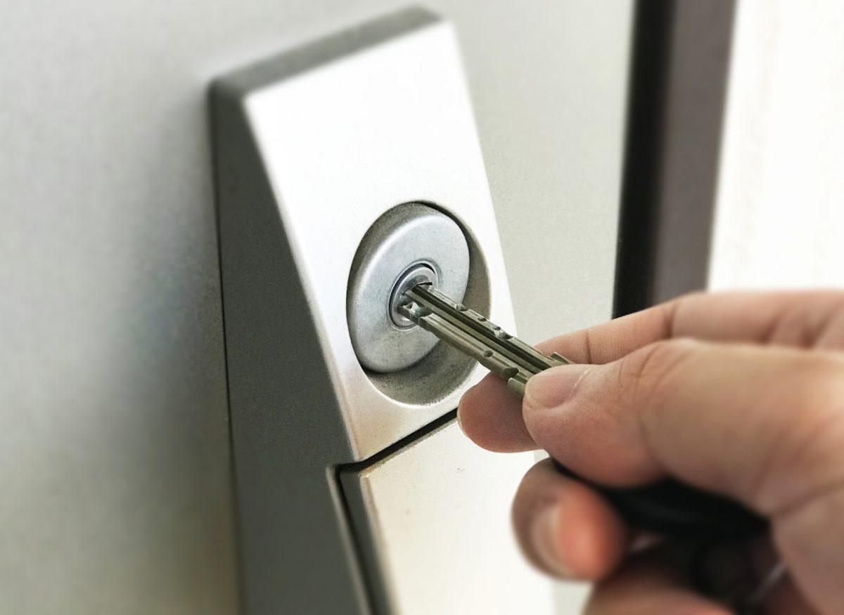 これが…鍵!?時代を追い越した最新の玄関キーをご紹介します!