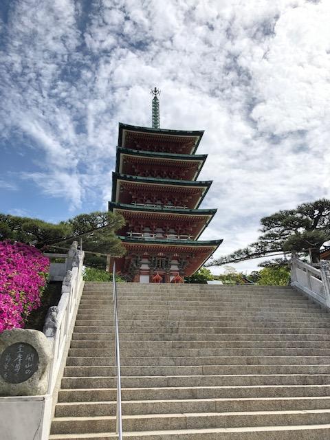 生口島で建築物巡りの旅「日本一豪華な建築物」を見た話【前編】